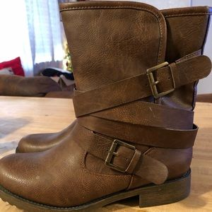 Brand new Justfab ankle boots